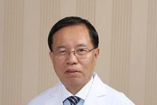 李国栋——中国中医药学会肛肠分会副会长